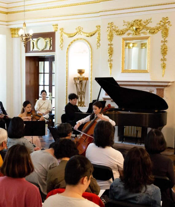 Classical music performance held at Seokjojeon Hall in Deoksugung (KACF)