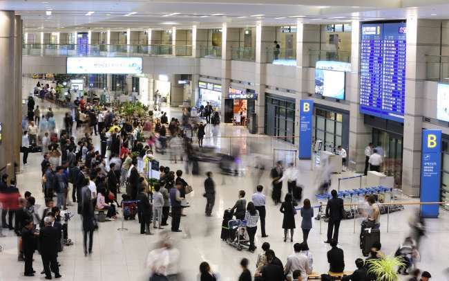 The arrivals hall at Incheon International Airport (Incheon International Airport)