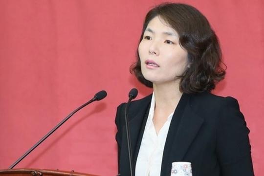 LKP spokesperson Jun Hee-kyung (Yonhap)