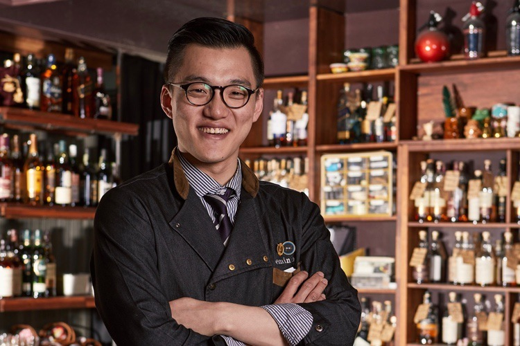 "Bartender Demie Kim from Alice Cheongdam is famous for his ""K-cocktails."" (Park Hyatt Seoul)"