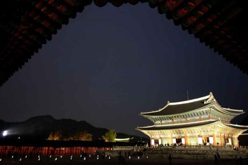 Nighttime view of Gyeongbokgung Palace (Cultural Heritage Administration)