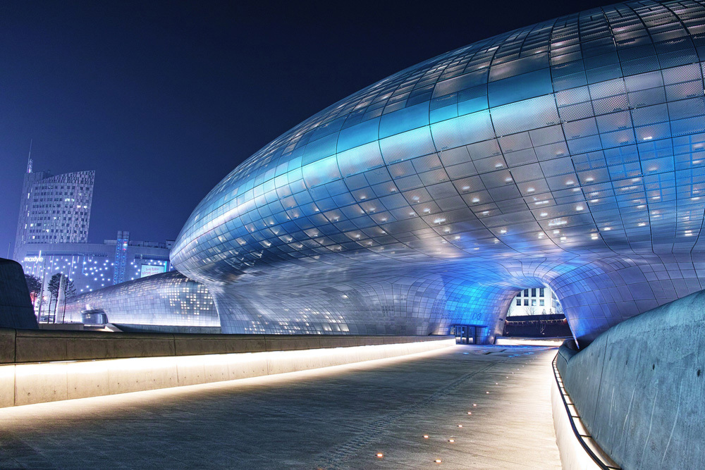 Exterior view of Dongdaemun Design Plaza (Dongdaemun Design Plaza)