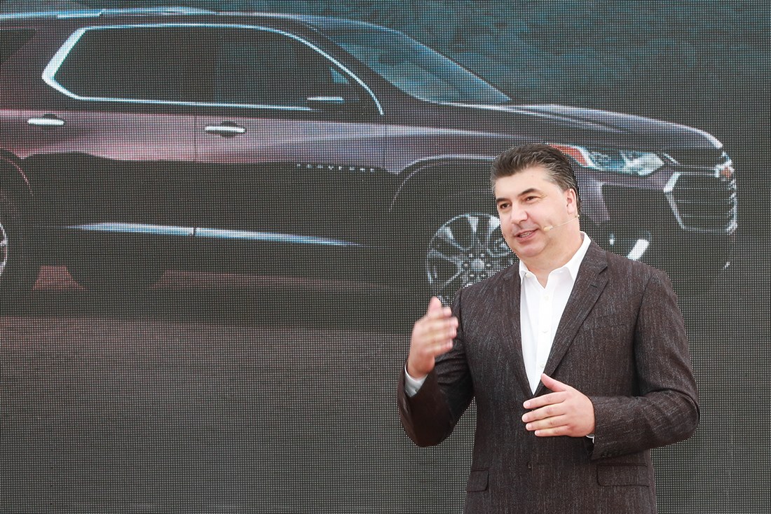 GM Korea CEO Kaher Kazem speaks at a media session held for the launch of the Traverse in Sokcho, Gangwon Province, Wednesday. (GM Korea)