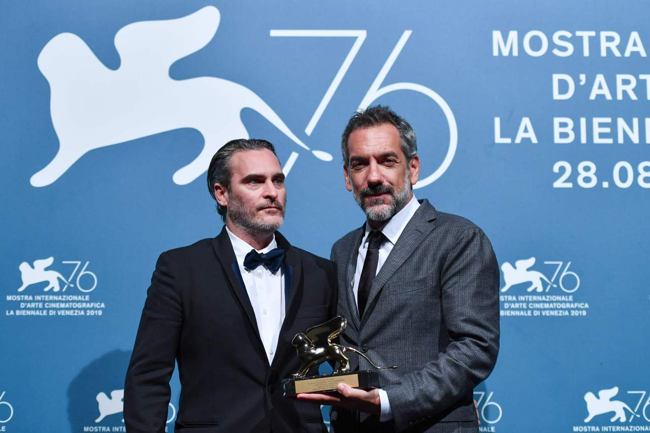 Joaquin Phoenix (left) and Todd Phillips (AFP-Yonhap)