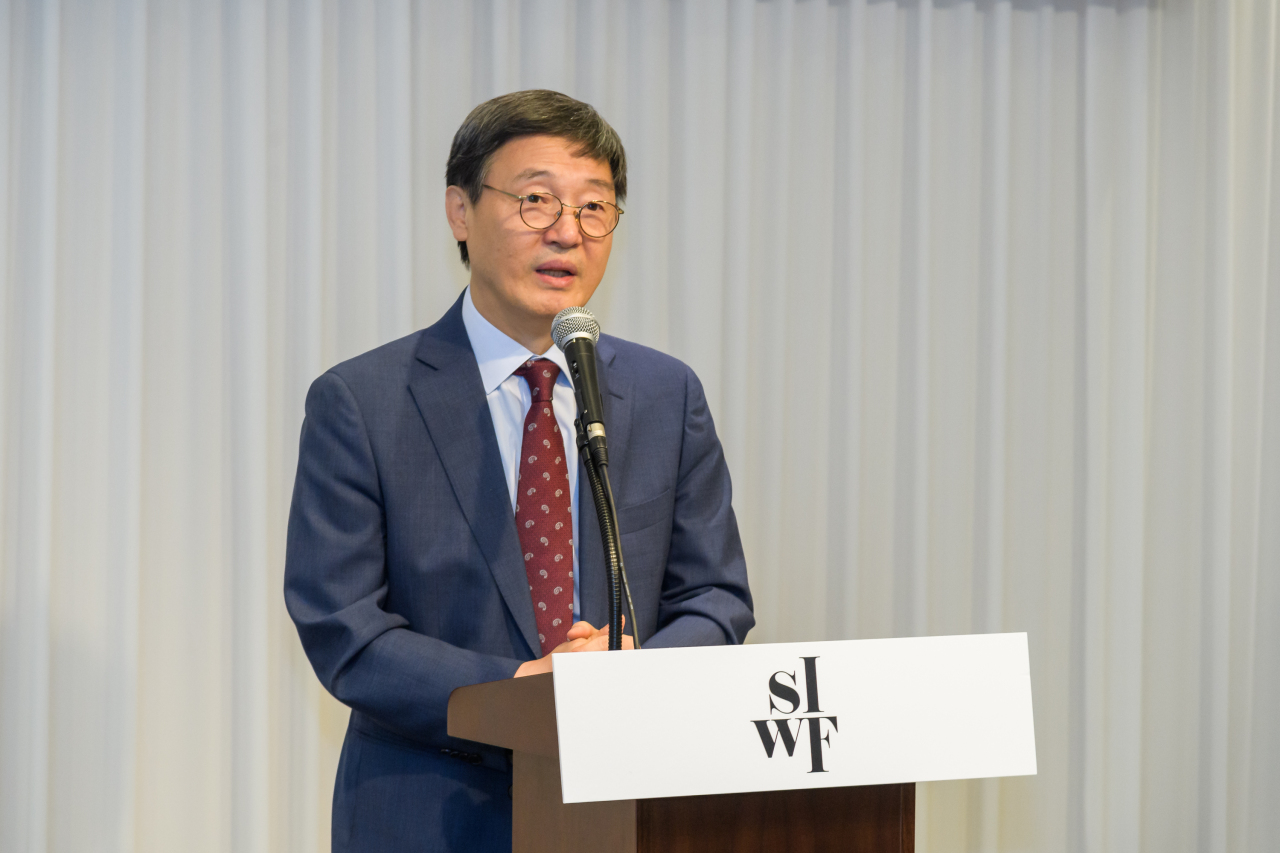 Kim Sa-in, head of the Literature Translation Institute of Korea, speaks during a press conference held Tuesday in Gwanghwamun, central Seoul. (LTI Korea)