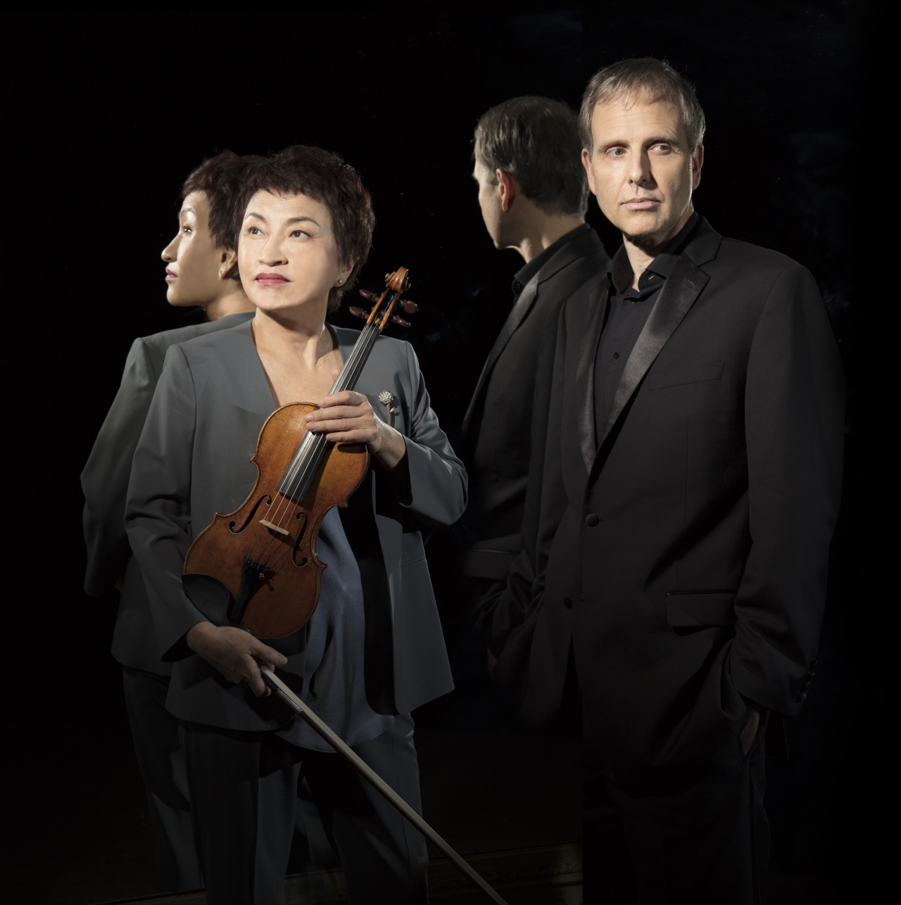 Violinist Chung Kyung-wha (left) and pianist Kevin Kenner (Warner Classics)