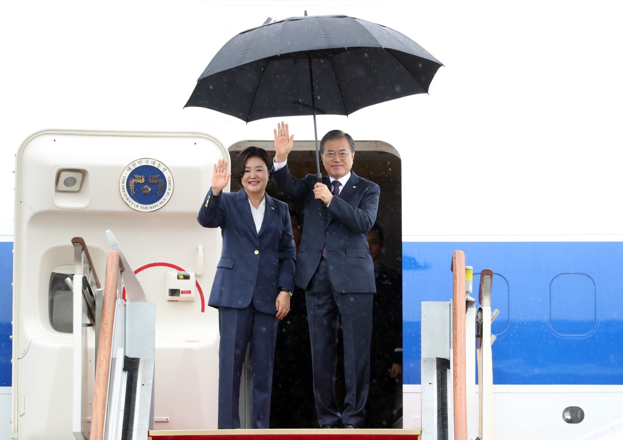 President Moon Jae-in and first lady Kim Jung-sook (Yonhap)