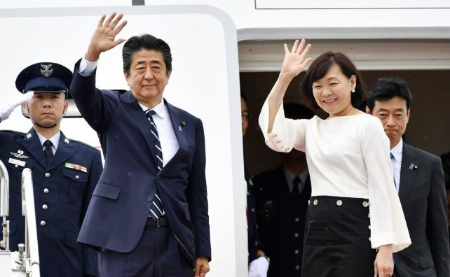 Japanese Prime Minister Shinzo Abe leaves for France to attend the Group of Seven summit in August. (Yonhap)