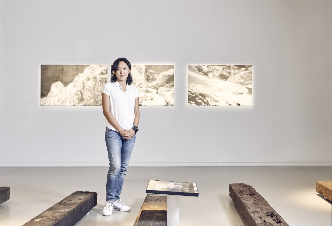 "Daphne Nan Le Sergent poses for pictures at her solo exhibition ""Silver Memories: How to Reach the Origin"" at Atelier Hermes in Gangnam-gu, Seoul. (Atelier Hermes)"
