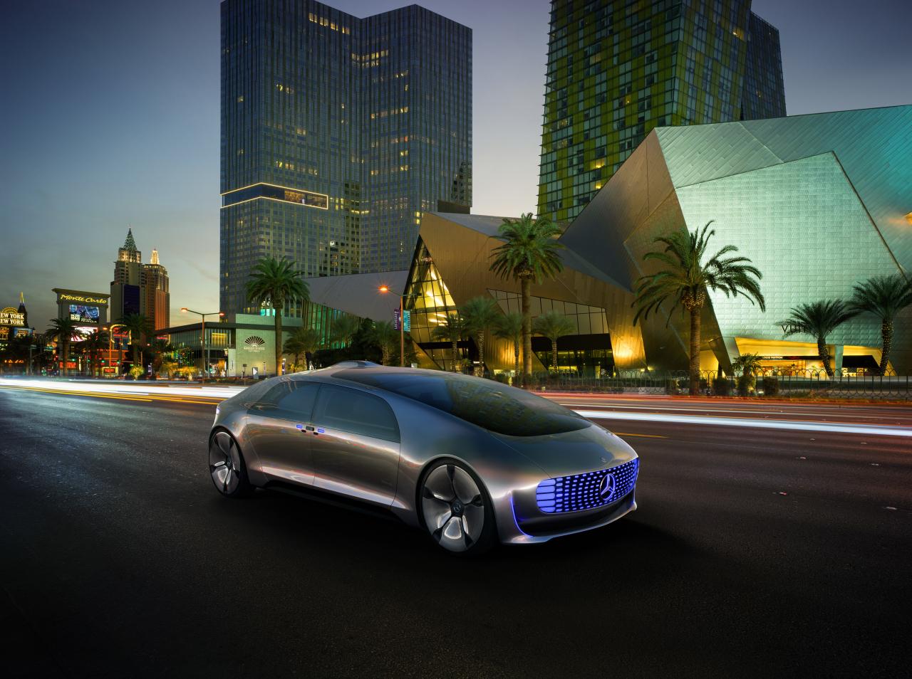 Mercedes- Benz's autonomous vehicle design F015 (Daimler AG)
