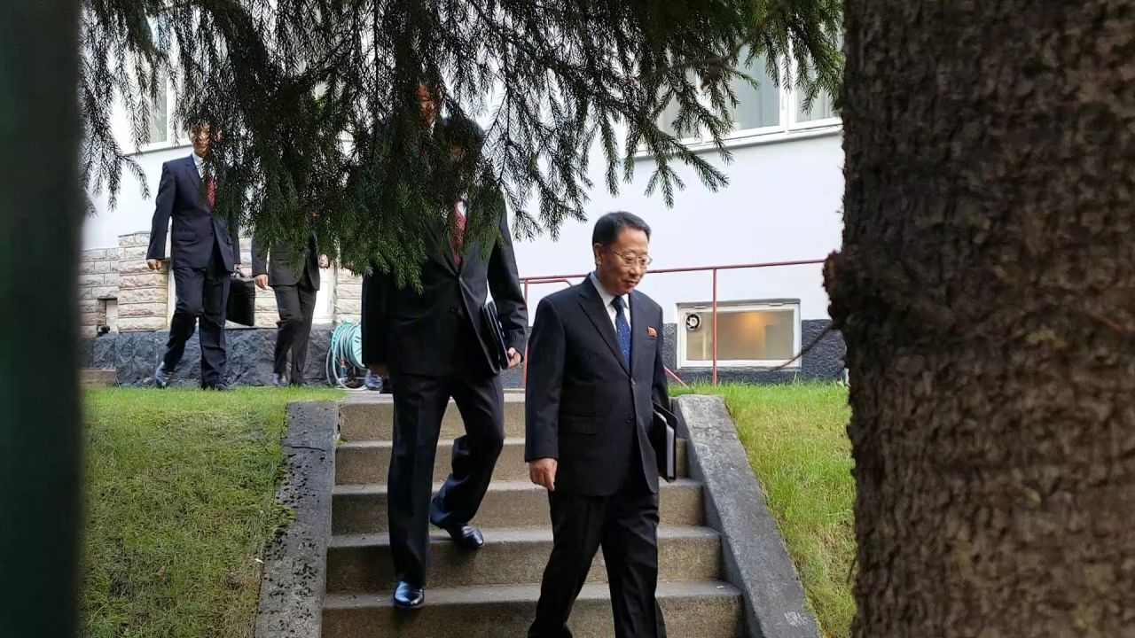 North Korea's delegation arrives at Villa Elfvik Strand, a conference facility in Lidingo, northeast of Stockholm, for talks with the US. (Yonhap)