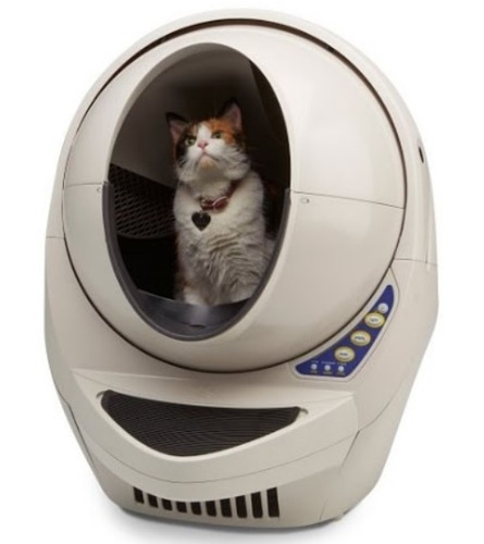 Automatic self-cleaning litter box for cats (Litter Robot)