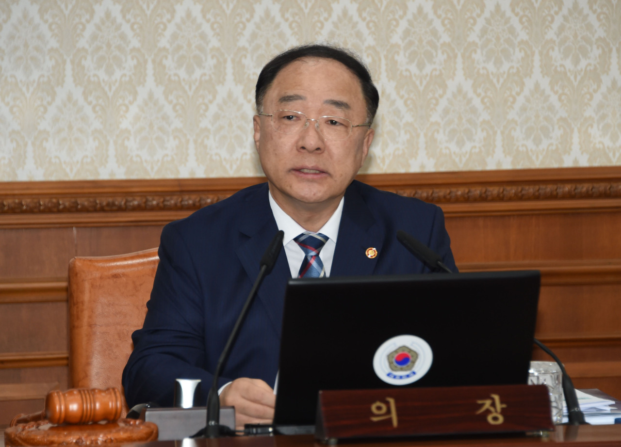 Deputy Prime Minister and Finance Minister Hong Nam-ki chairs a Cabinet meeting on Tuesday morning at Seoul Government Complex. (Ministry of Economy and Finance)