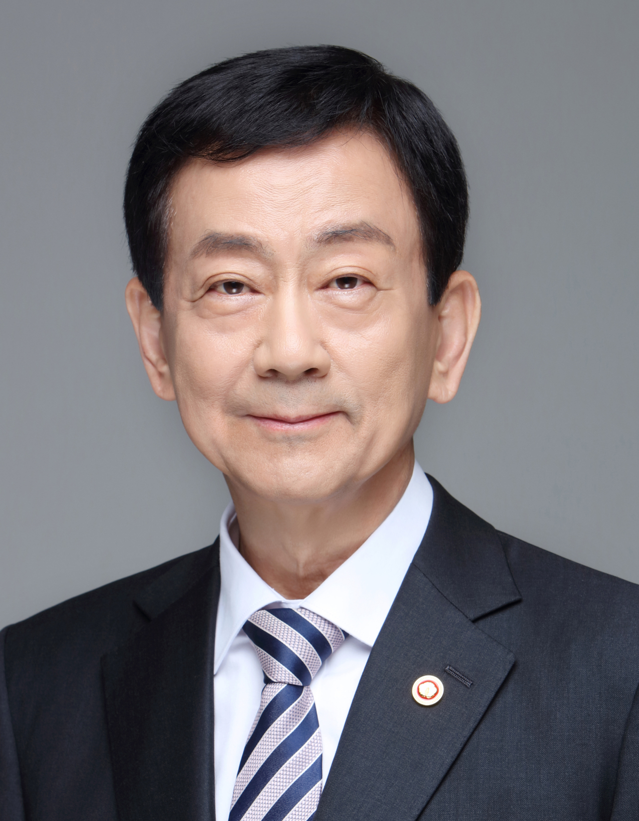 Interior Minister Chin Young (Ministry of Interior and Safety)