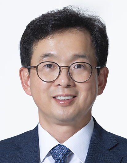 Lee Sang-hun, GS Caltex's vice president of public relations