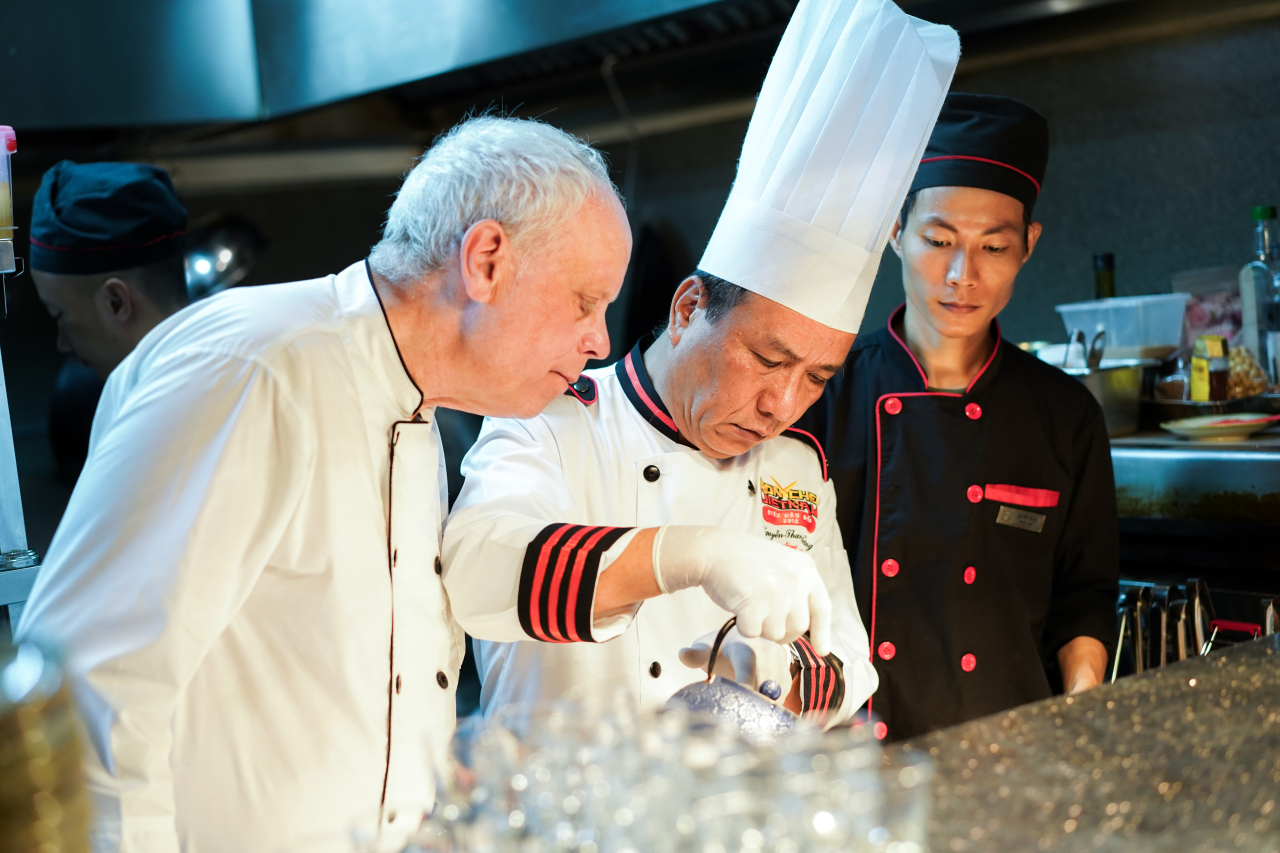Chefs John Burton Race and Nguyen Thanh Tung (Paradise Group)