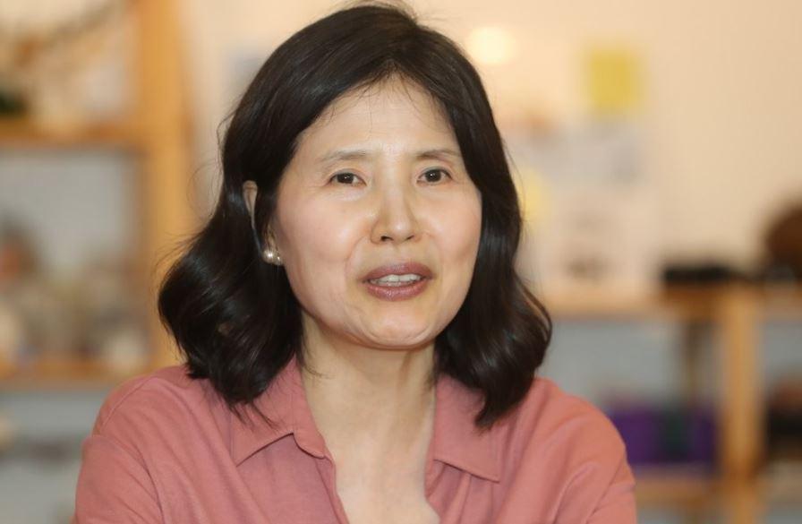 Poet Choi Young-mi (Yonhap)