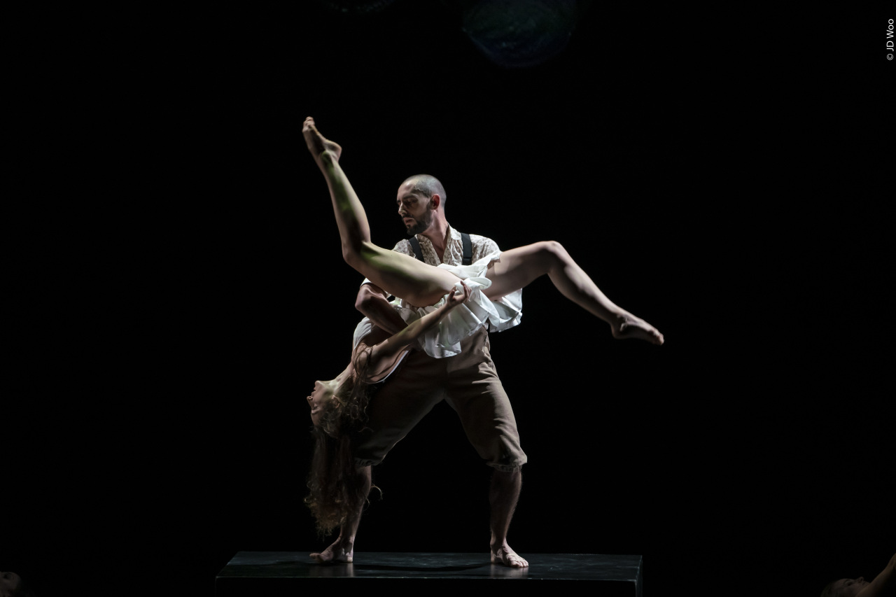 "Ballet Preljocaj performs ""La Fresque"" at LG Arts Center in southern Seoul. (LG Arts Center)"