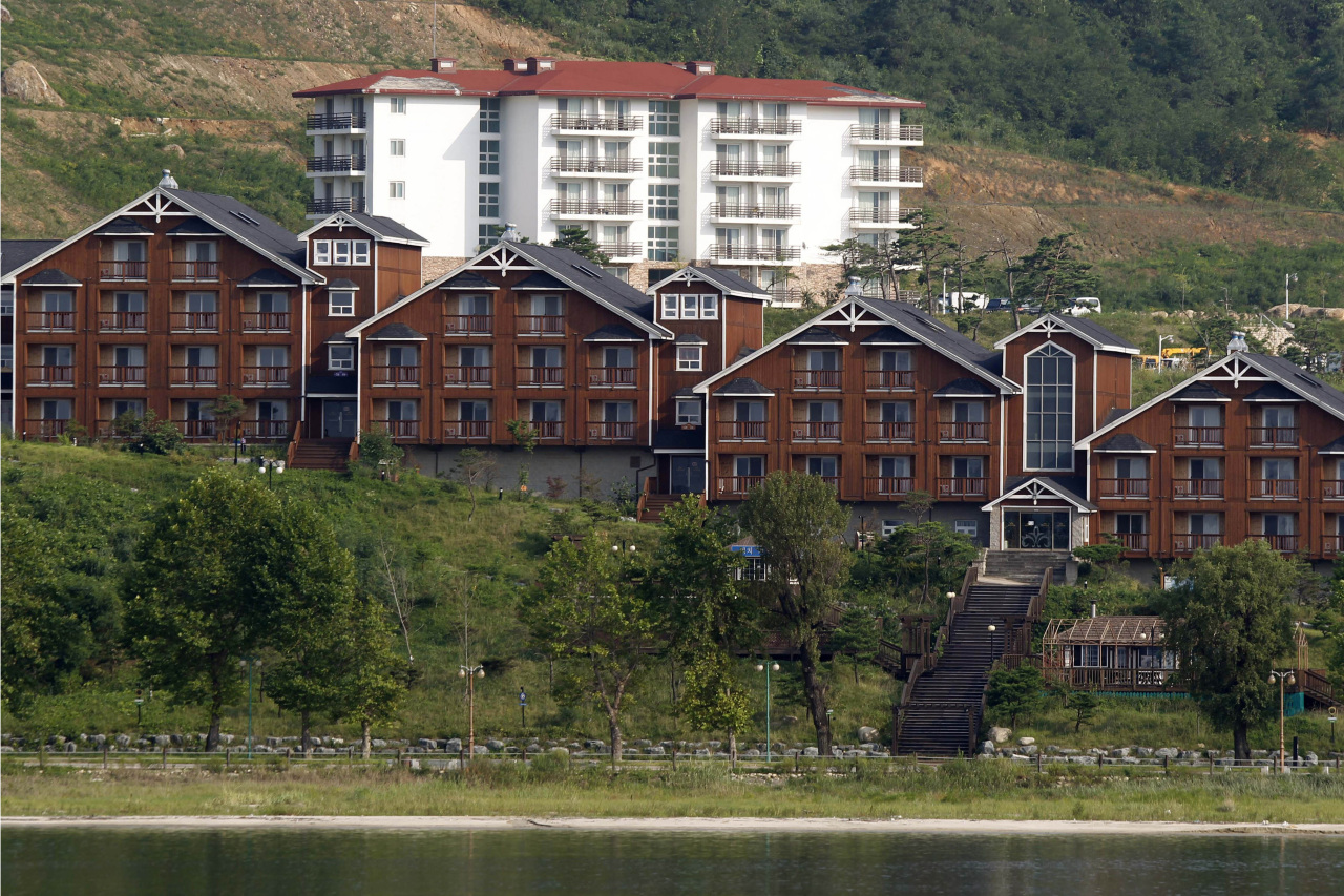 In this Sept. 1, 2011, file photo, South Korean invested villas line the coastline of the Mount Kumgang resort, also known as Diamond Mountain, in North Korea. (AP-Yonhap)