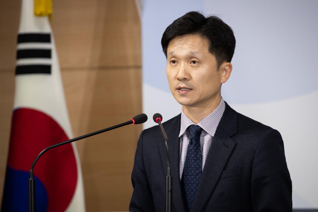 Unification Ministry spokesperson Lee Sang-min (Yonhap)