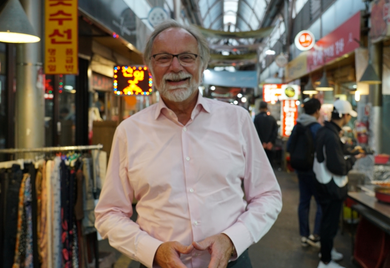 EU Ambassador to South Korea Michael Reiterer poses during an interview with The Korea Herald at the traditional Tongin Market in central Seoul on Oct 29. (Kim Bo-gyung/The Korea Herald)