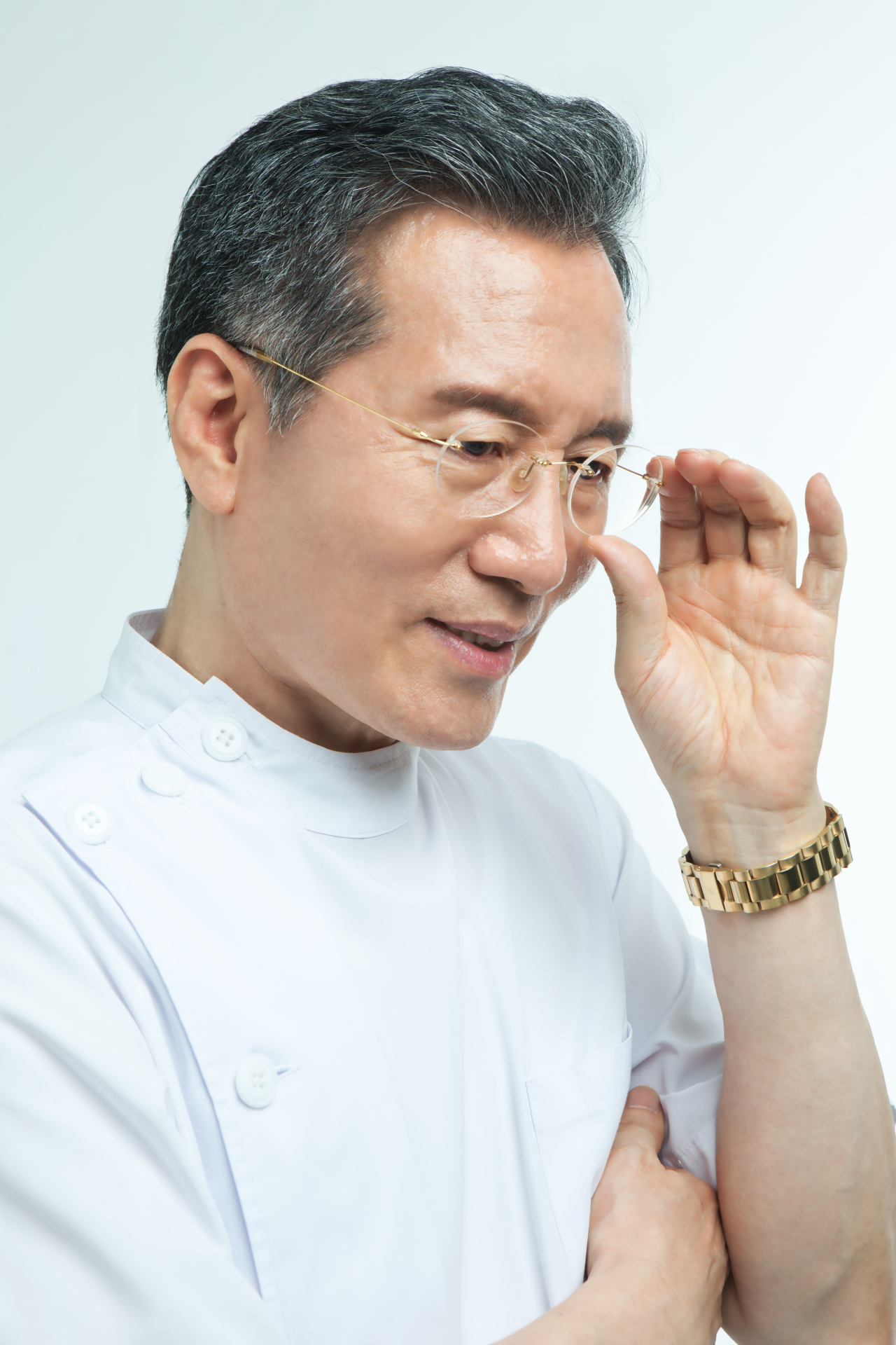 Plastic surgeon Kim Jong-hwan (Gold Happy Mirae Aesthetic Clinic)