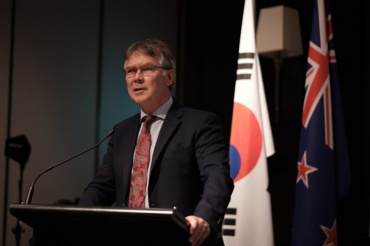 New Zealand Minister for Trade and Export Growth David Parker (New Zealand Chamber of Commerce in Seoul)