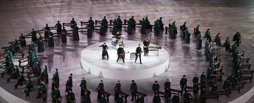 Jambinai performs during the closing ceremony of the 2018 Winter Olympics in PyeongChang, Gangwon Province. Yonhap
