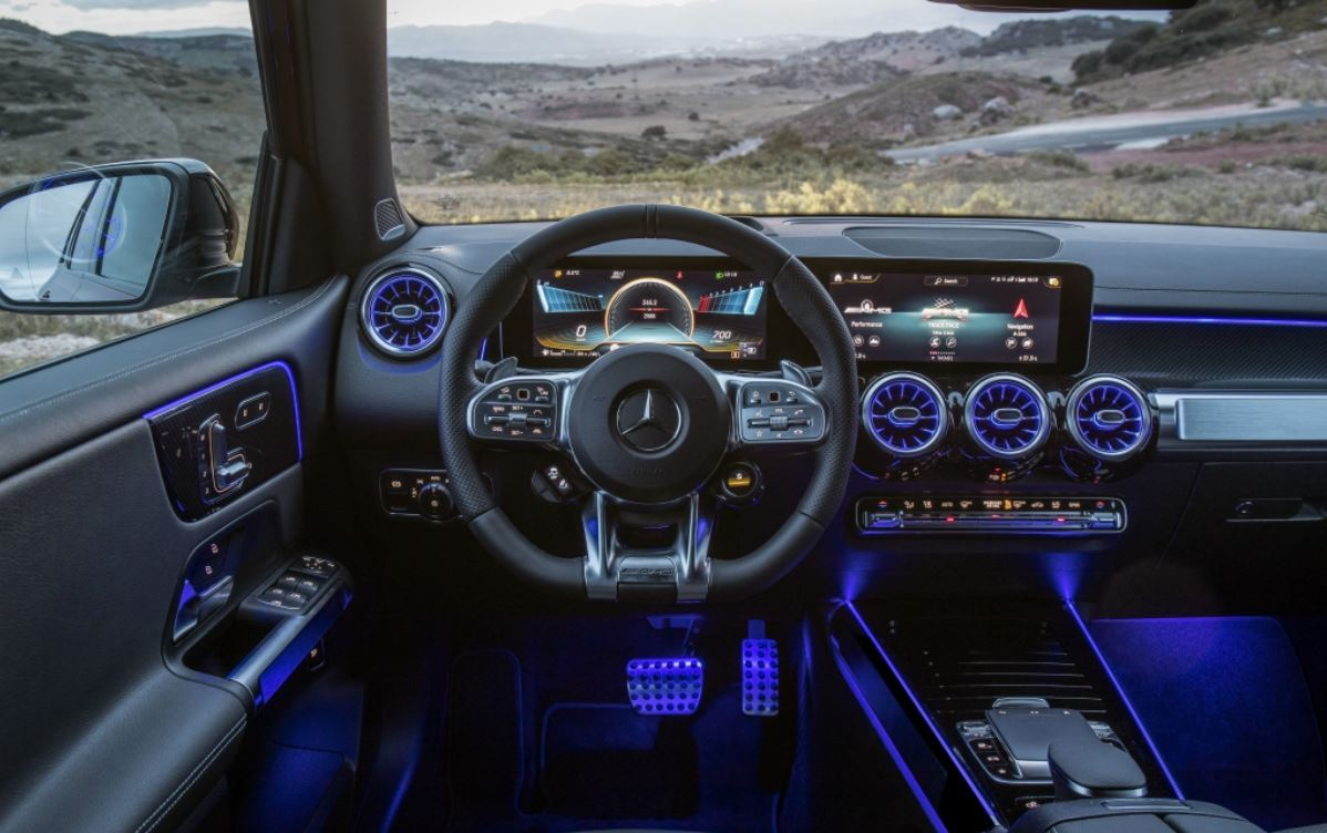 Inside the Mercedes-AMG GLB 350