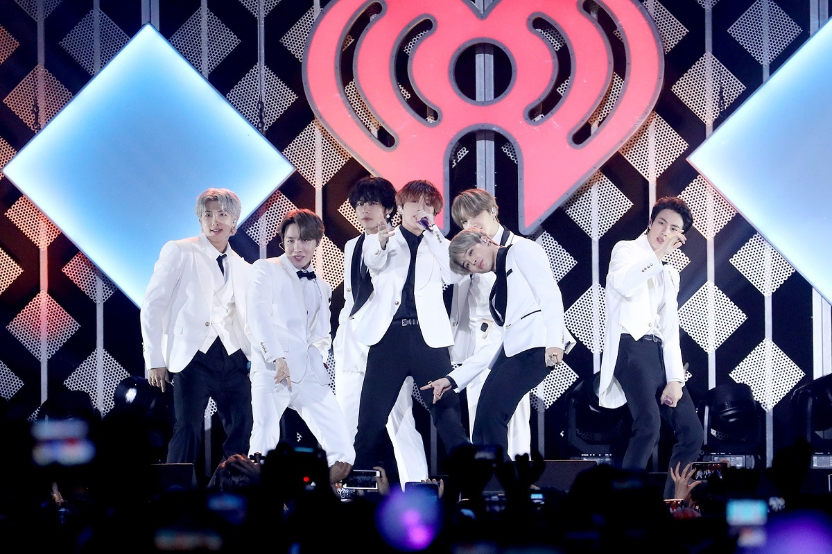 "BTS performs during the ""2019 KIIS-FM Jingle Ball"" concert on Friday at The Forum in Inglewood, California. (AP-Yonhap)"