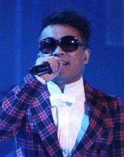 Singer Kim Gun-mo (Yonhap)