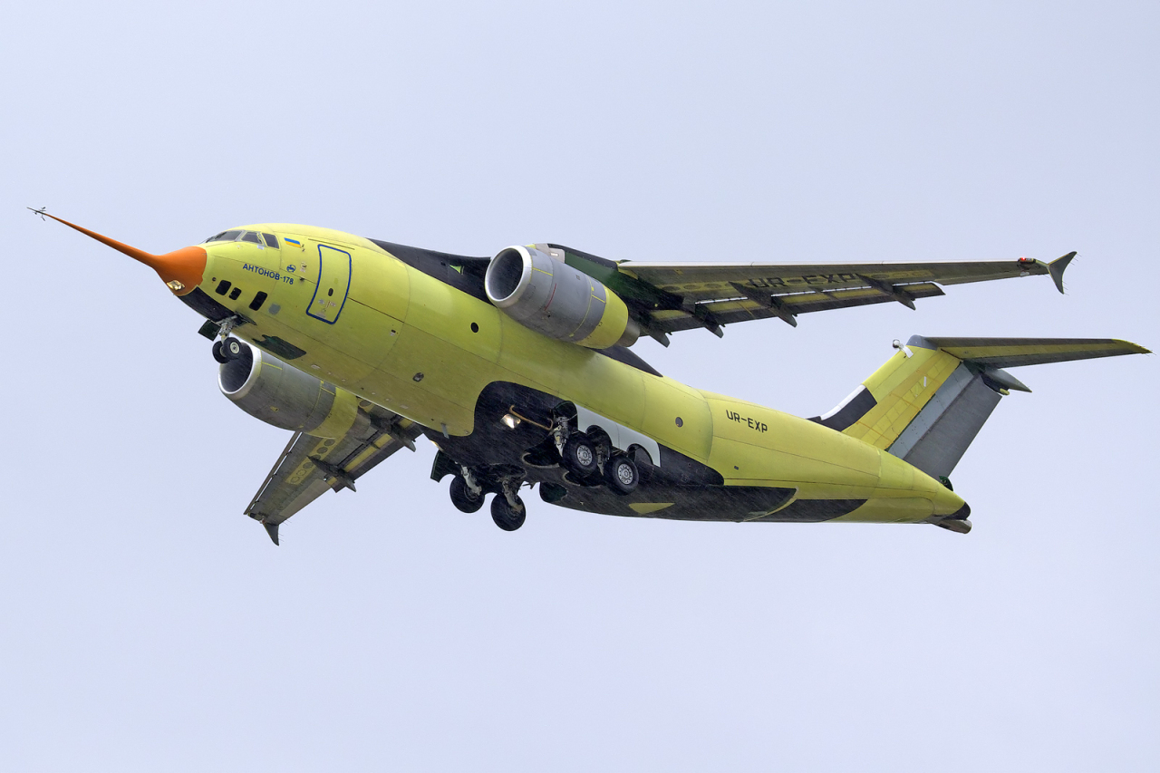 AN-178 prototype maiden flight on May 7, 2015 (Oleg Belyakov)