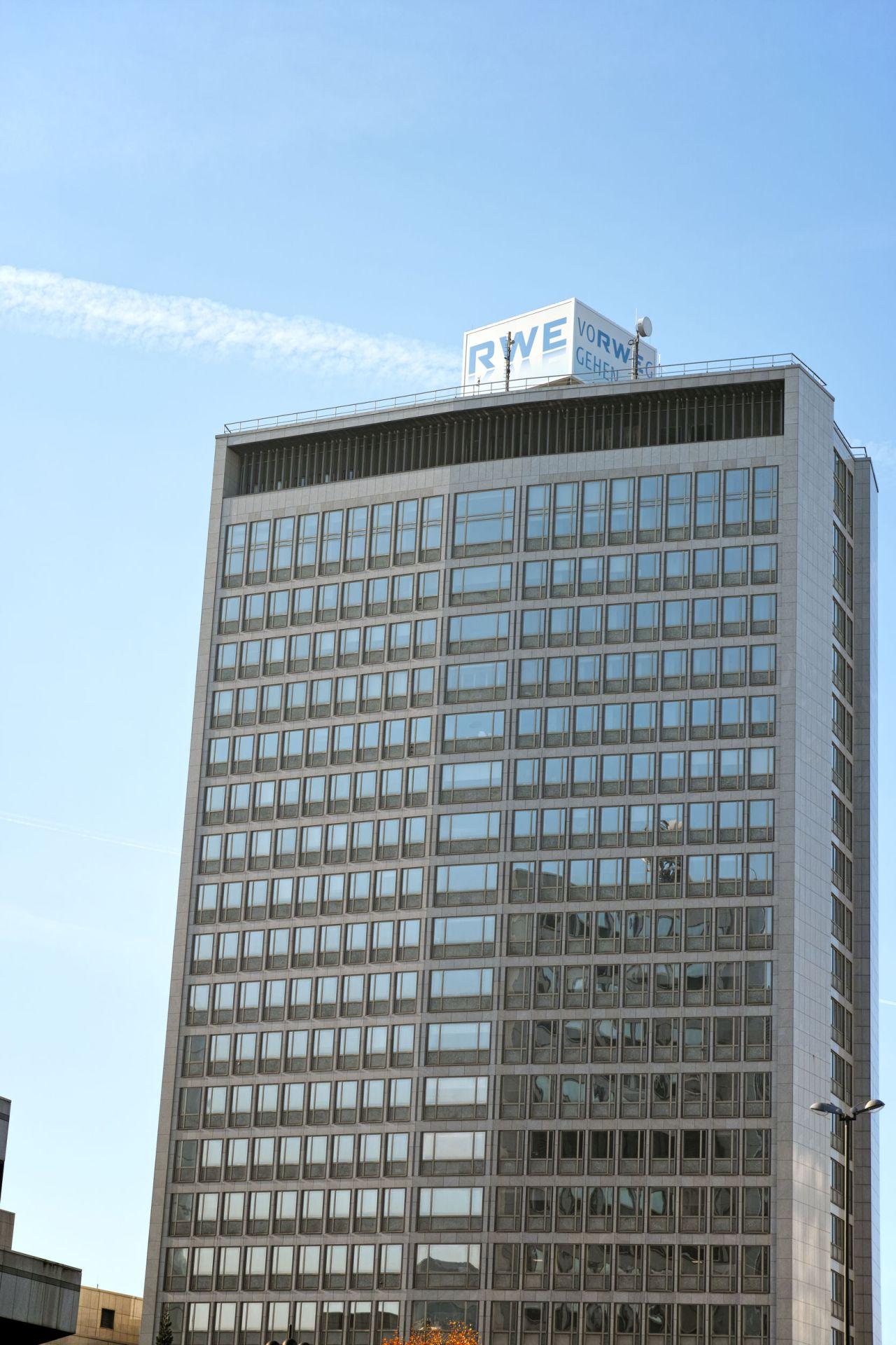 RWE headquarters building in Essen, Germany (123rf)