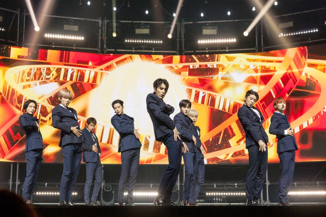 SF9 (FNC Entertainment)