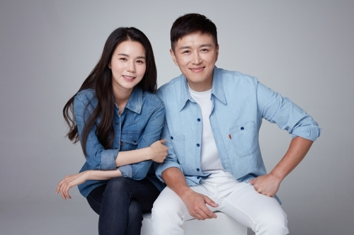 Park Si-eun (left) and Jin Tae-hyun (SBS)