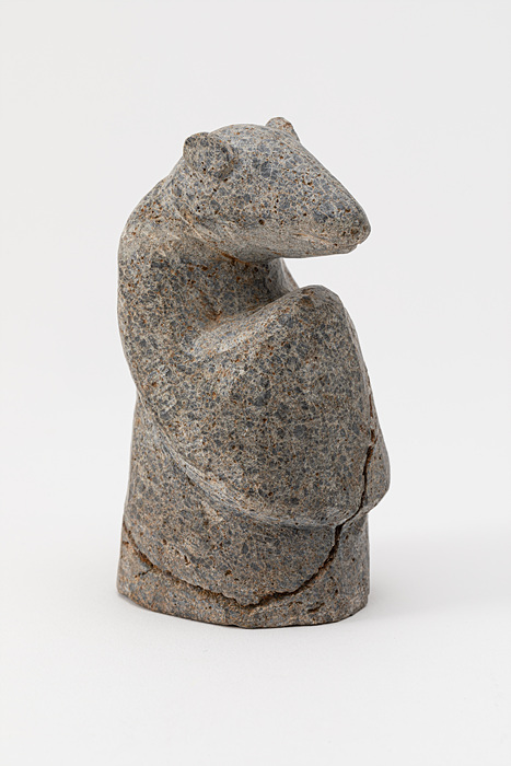 A statue with the head of a rat and the body of a human (National Folk Museum of Korea)