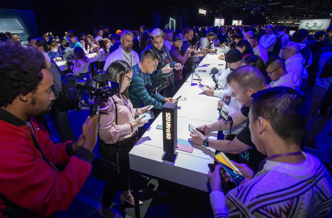 Participants experience the new devices at the Galaxy Unpacked 2020 event at the Palace of Fine Arts in San Francisco on Tuesday. (Samsung Electronics)