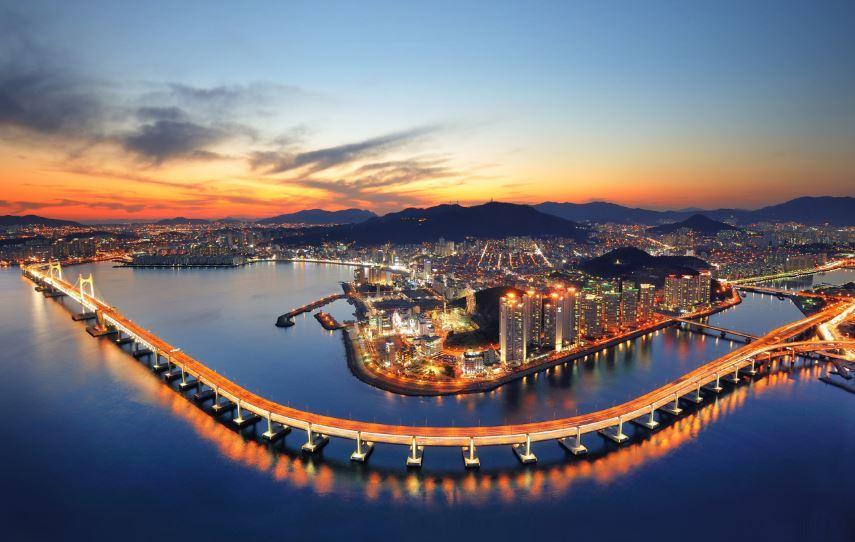 An aerial view of Busan (Korea Tourism Organization)