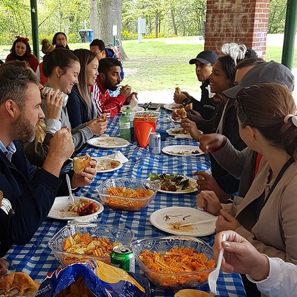 Hyundai Capital Canada employees participate in a company picnic at a restaurant in Toronto. (Hyundai Capital Canada)