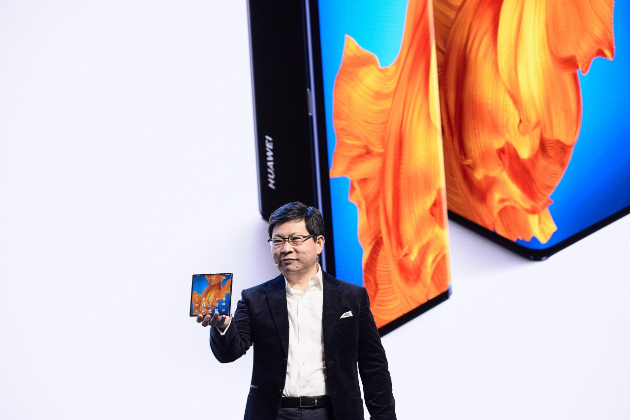Huawei smartphone chief Richard Yu presents the Mate Xs during an online launch event Monday. (Huawei Korea)