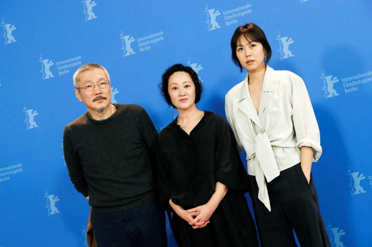 Director Hong Sang-soo (from left) and actors Kim Min-hee and Seo Young-hwa attend a photo call to promote the movie