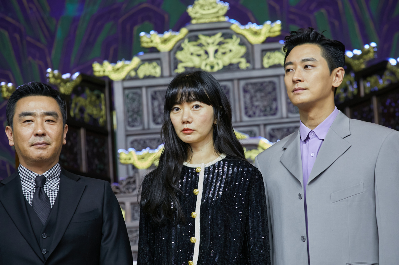 "Actors Ryu Seung-ryong (from left), Bae Doona and Ju Ji-hoon attend a press conference for ""Kingdom"" season two on Thursday. (Netflix)"