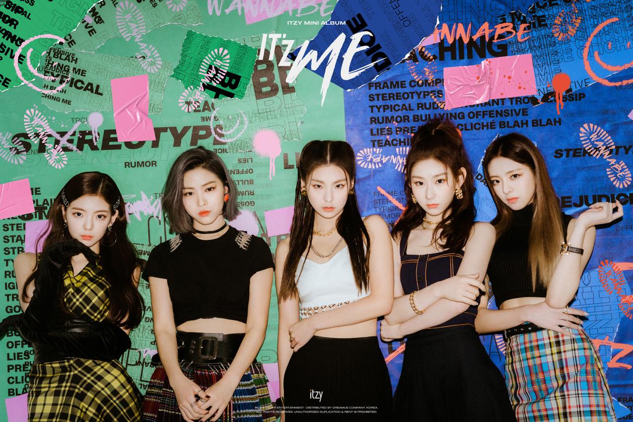 """ITZY will showcase their new mini-album """"IT'Z ME"""" online on Monday (JYP Entertainment)"""