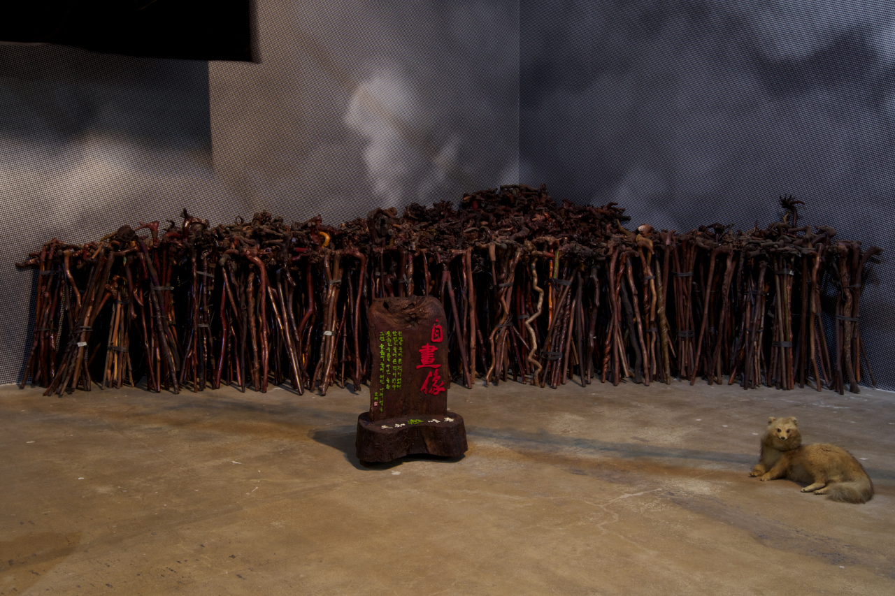 """Mr. Eui Jin Chai and 1,000 Canes"" by Lim Min-ouk (Gwangju Biennale Foundation)"