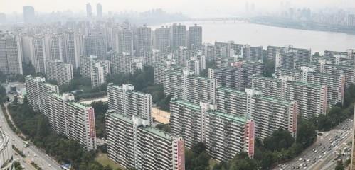 An apartment complex in Songpa-gu, Seoul. (Yonhap)