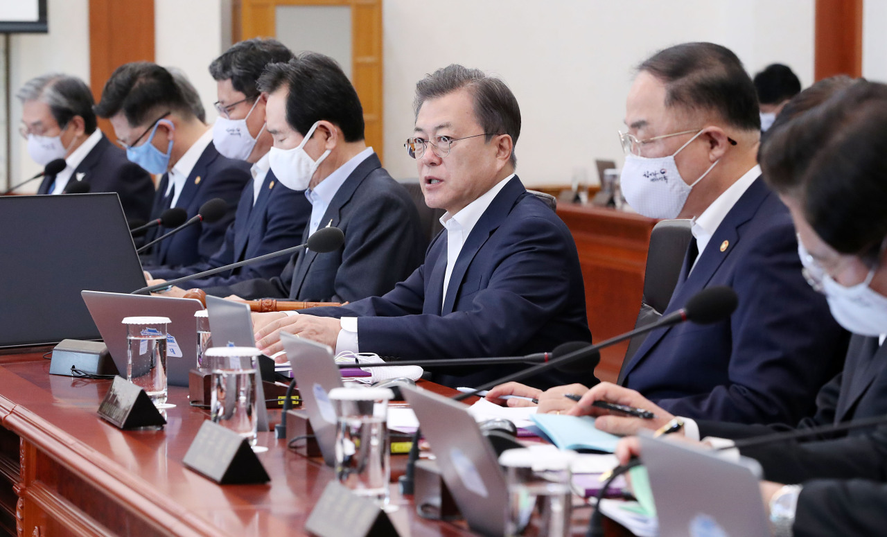 President Moon Jae-in speaks at the Cabinet meeting on Tuesday. (Yonhap)