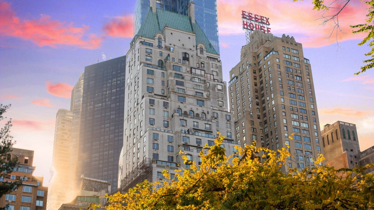 JW Marriott Essex House New York is one of 15 US luxury hotels that Mirae Asset Global Investments plans to acquire from China's Anbang Insurance. (JW Marriott Essex House New York)