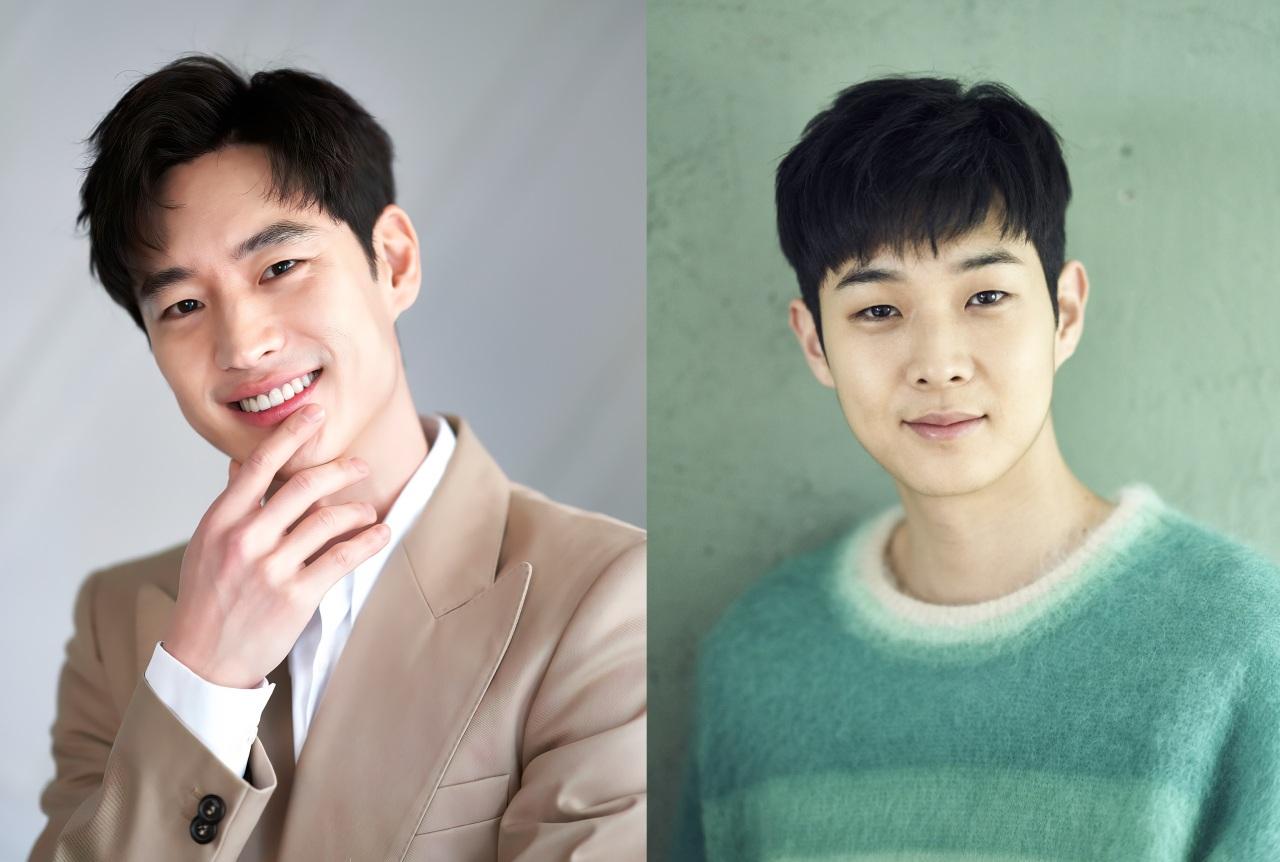 Actors Lee Je-hoon (left) and Choi Woo-shik (Netflix)