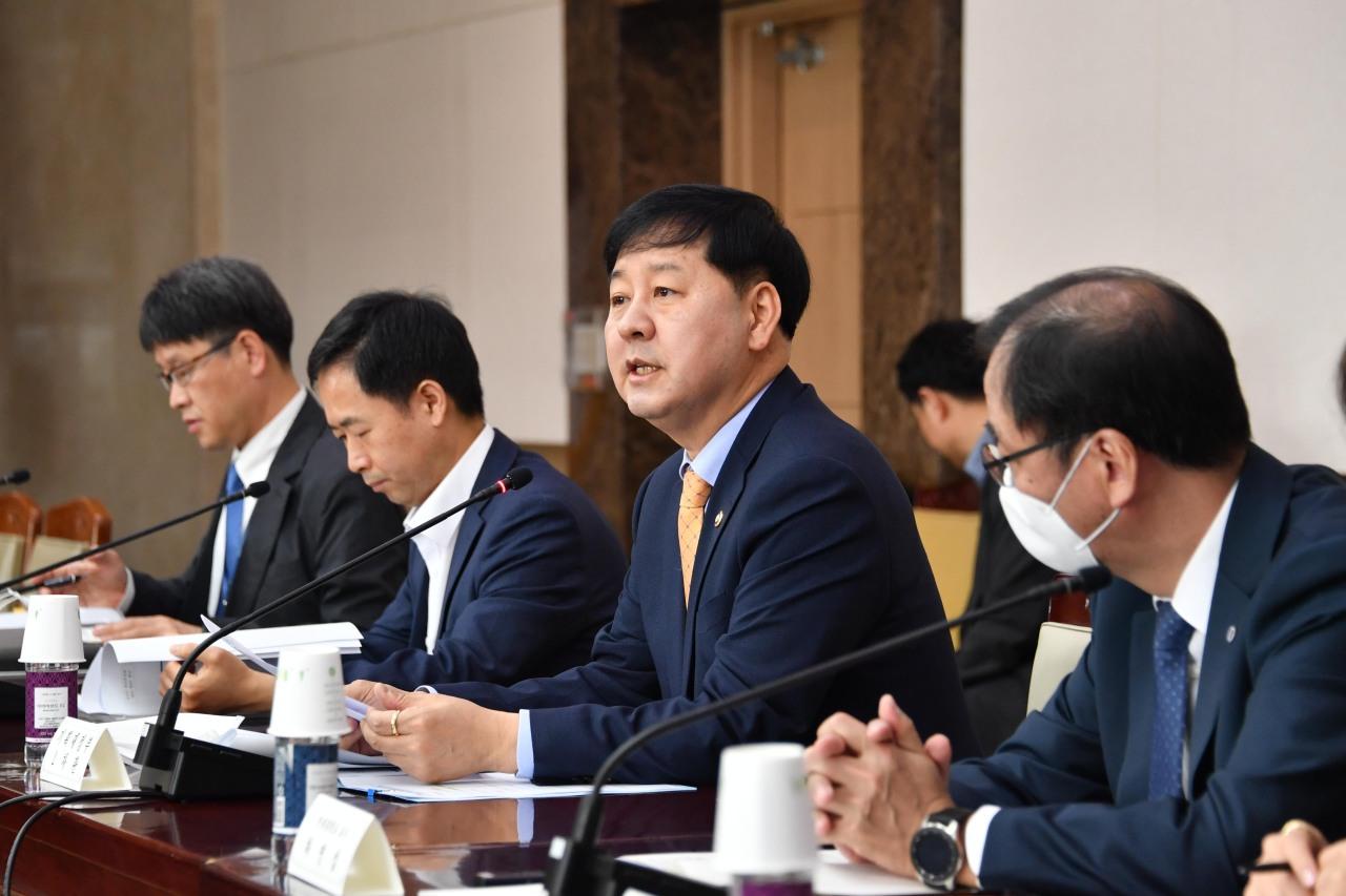 Vice Finance Minister Koo Yun-cheol. (Yonhap)