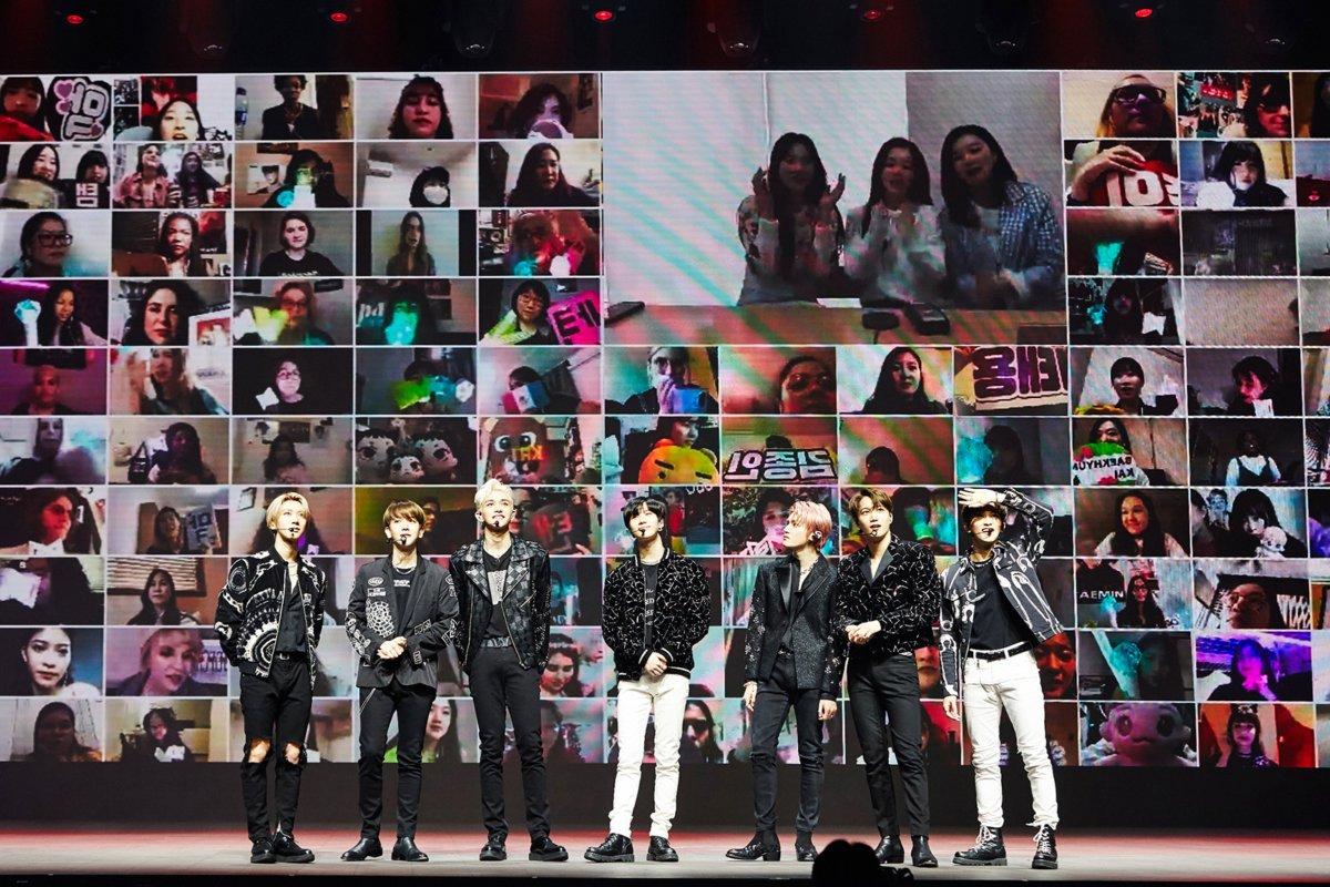 "SuperM kicks off the ""Beyond Live"" series. (S.M. Entertainment)"